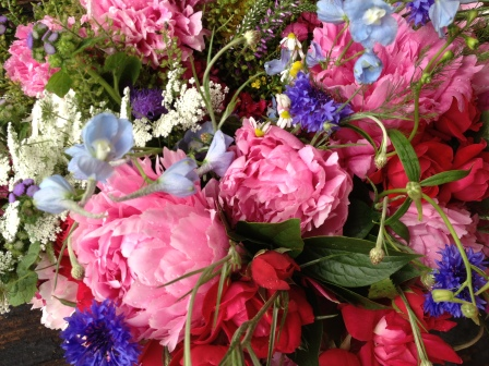 Fresh local flowers from Heartland Family Farm